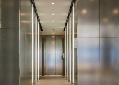 3 World Trade Center Lobby, NYC   Photo © Harry Vitebski   Image is Property of Apogee Lighting Holdings